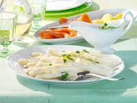 Spargel mit Zitronen-Kerbel-Hollandaise und Räucherlachs Rezept