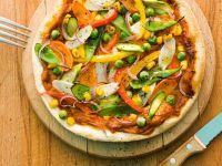 Spargel-Pizza mit Erbsen Rezept