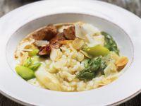 Spargelrisotto mit Mandeln und Hähnchen Rezept