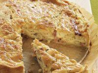 Speckkuchen mit Zwiebeln Rezept