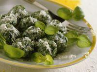 Spinatgnocchi mit Parmesan Rezept
