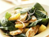 Spinatsalat mit Hähnchen und Orangendressing Rezept