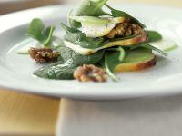 Spinatsalat mit Provolone Rezept