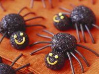 Spinnen-Pralinen zu Halloween Rezept