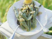 Stangenbohnen mit Knoblauch und Zitronendressing Rezept