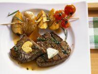 Steak mit Kartoffelspieß vom Grill Rezept