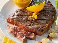 Steaks mit Zwiebeln Rezept
