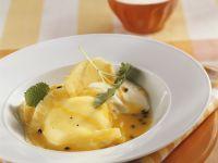 Süße Ravioli mit Ananas und Maracujasoße Rezept
