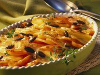 Süßkartoffel-Karotten-Gratin mit Kürbiskernen Rezept
