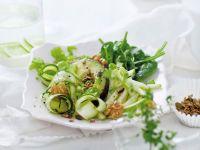 Superfood-Salat mit Avocado und Apfel Rezept