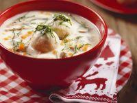 Suppe aus Gänseklein mit  Knödeln (Ganslsuppe) Rezept