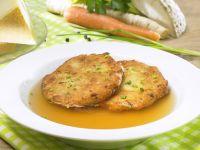 Suppe mit Kaspressknödel Rezept