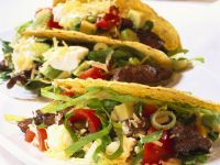 Tacos mit Steak-Salat-Füllung