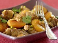 Tajine mit Lamm, Aprikosen und Mandeln Rezept