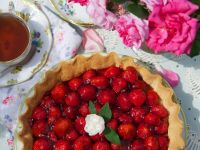 Tarte mit Erdbeeren