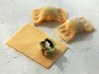 Teigtaschen mit Frischkäse-Lauchfüllung Rezept
