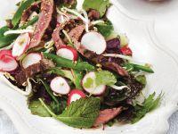 Thailändischer Rindfleischsalat mit Limettenvinaigrette Rezept
