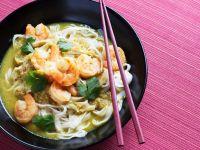 Thailändisches Curry mit Shrimps und Reisnudeln Rezept
