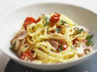 Thunfisch-Pasta mit Cherrytomaten und Fenchelsamen