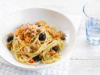 Thunfisch-Spaghetti mit Oliven Rezept