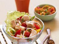Thunfischsalat mit buntem Gemüse Rezept