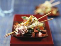 Tintenfisch-Spieße mit Gemüse Rezept
