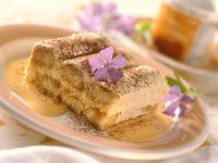 Tiramisu mit Amaretto-Schoko-Sauce zubereiten Rezept