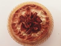 Tiramisu-Torte mit Schokoröllchen Rezept