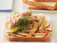 Toast mit Thunfisch und Apfel Rezept