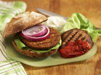 Tofu-Burger mit großem Champignon und gegrillter Paprika Rezept