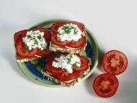 Tomaten-Hüttenkäse-Brote Rezept
