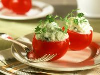 Tomaten mit Tsatsiki-Füllung