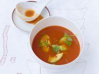 Tomatensuppe mit Chili-Avocado-Einlage