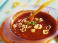 Tomatensuppe mit Nudeln