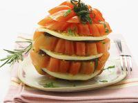 Tomatentürmchen mit geräuchertem Mozzarella (Scamorza) Rezept