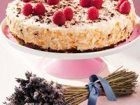 Torte mit Himbeeren und Sahne Rezept