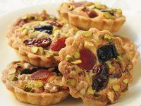 Torteletts mit Marzipan und Trockenfrüchten Rezept