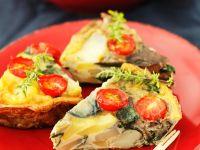 Tortilla mit Tomaten und Aubergine