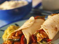 Tortillas mit Hähnchen-Paprikafüllung Rezept