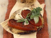 Überbackene Tortillafalden mit Tomaten und scharfer Salsa Rezept