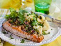 Überbackener Lachs mit Kartoffeln