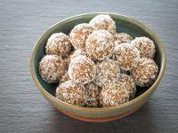 Vanille-Energy-Balls mit Kokoshülle Rezept