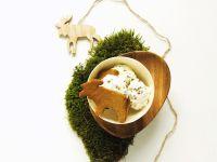 Vanille-Früchte-Eis und Lebkuchen Rezept