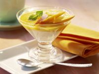 Vanille-Mandel-Creme mit Mangosauce Rezept
