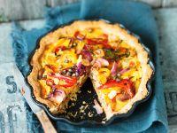 Vegane Tarte mit Paprika, Zwiebeln und Kapern Rezept