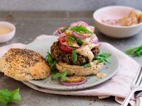 Veganer Walnuss-Pilz-Burger Rezept