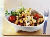 Vollkornpasta mit Champignon-Tomaten-Sauce