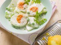 Wachsweiche Eier auf Kohlrabigemüse Rezept