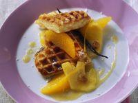 Waffeln mit Ananas-Orangen-Kompott Rezept