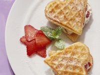 Waffeln mit Erdbeercreme Rezept
